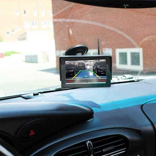 Dynamische Kabellose Rückfahrkamera mit Autoscheibe Monitor als Komplettset